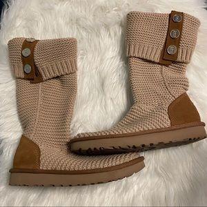 Ugg Australia Cardy Boots sz 7 Tan/Beige NEW